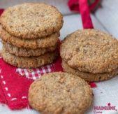 Biscuiti cu faina de cocos si nuca / Coconut flour walnut cookies