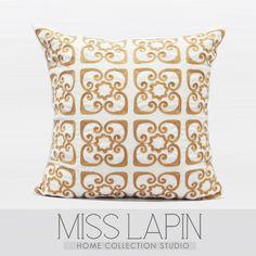 法式浪漫/样板房家居软装沙发靠包抱枕/米色金色浪漫花纹绣花方枕-淘宝网