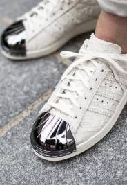 Womens White & Rose Gold Adidas Superstar Trainers schuh