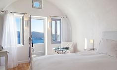 Welcome to one of the most luxury hotels in Oia Santorini. Katikies Santorini hotel is renowned for its unparallel services, warm atmosphere and sense of romance.