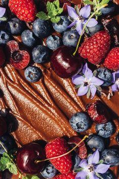 ONE-BOWL VEGAN CHOCOLATE SNACK CAKE - Wholehearted Eats
