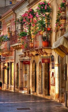 Beautiful streets, Taormina, Sicily, Italy so beautiful!  guys dont forget to follow and repin at my categories! #welliesandworms