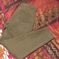 MAKE ME AN OFFER! True to size | NO TRADES Jeans Ankle & Cropped