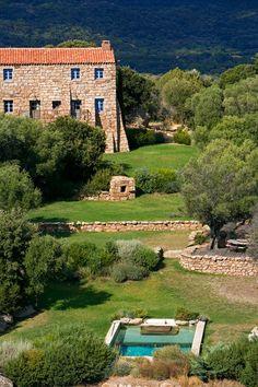 Insider's Guide to Corsica: The South | Domaine de Murtoli \ like the pool sooooo mich!