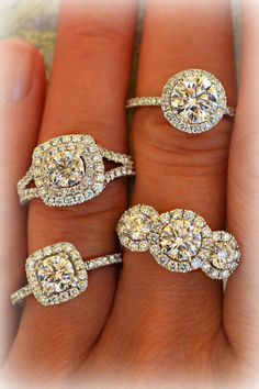 Heavenly halos – find the halo diamond engagement ring of your dreams.
