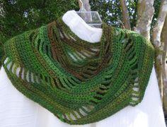 Crochet Collar Scarf Neck Warmer Peter Pan by KorneliasKreations