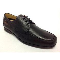 715b6130 Zapato de la marca Fluchos.Cómodo y elegante.Los cordones hacen que a la