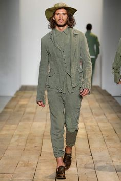 Greg Lauren Spring 2016 Menswear Fashion Show Men Fashion Show, Mens Fashion Week, Mens Fashion Suits, Fashion Brands, Mode Masculine, Military Chic, Military Trends, Boho Fashion Summer, Nyc