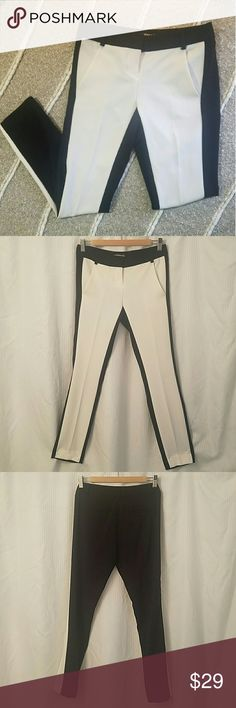 Express Coloumnist two toned ankle pant 00r Express coloumnist two toned ankle pant size 00r. White in front, black in back. Express  Pants Ankle & Cropped