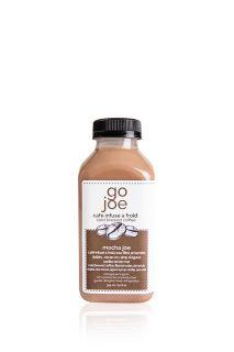 MOCHA JOE Ingrédients: concentré de café infusé à froid eau filtrée amandes germées cacao cru nectar de noix de coco dattes medjool vanille sel hymalayan