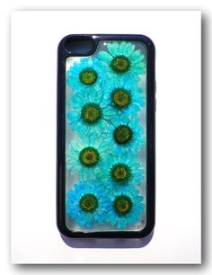 Handmade iPhone 5C case. Resin with Dried flower by Annysworkshop, $19.00