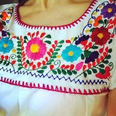 vestidos con bordados mexicanos - Buscar con Google