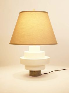 Porcelain And Wood Disc Table Lamp |