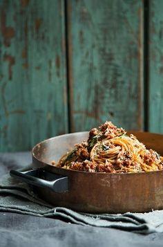 Spaghetti Di Farro Con Luganega (spelt spaghetti with sausage sauce)