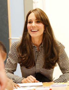 Kate Middleton Photos - The Duchess of Cambridge Visits The Anna Freud Centre - Zimbio