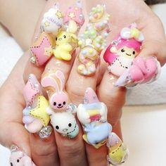 OTT decoden nails - via Peachgirl ♡ http://momochiime.tumblr.com #fairykei | #sanrio | #twinstars