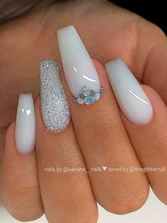 Here are the most popular coffin nails designs, and trendy coffin nails colors. Just check out our cherry-picked nails and choose your favorite to be a star! White Acrylic Nails With Glitter, One Glitter Nails, White Coffin Nails, Bling Acrylic Nails, Coffin Nails Long, Best Acrylic Nails, Rhinestone Nails, Gel Nails, Baby Pink Nails With Glitter