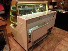 "Lowe Refrigeration 48"" Bakery Display Case"