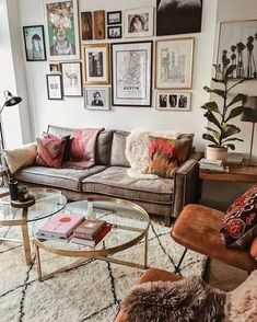 Home styling home decor decoration home design interior design interior dec Boho Living Room, Home Living, Small Living, Living Spaces, Modern Living, Bohemian Living, Modern Bohemian, Bohemian Decor, Bohemian Style