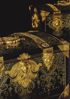coffres d'époque Louis XIV