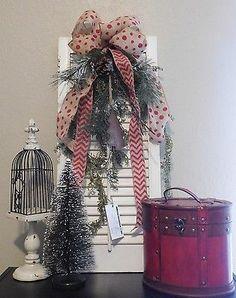 Vntage shutter Christmas arrangement, Front Door re purposed decor, Rustic home