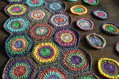 I am so excited to finally offer my Hexagon Burst free pattern to you all! This hexie was made with the classic Sunburst square in mind (hey-hey Priscilla Hewitt – my crochet idol!) but I mad…