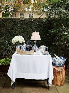 Love this mini bar table! Perfect for a casual garden party.