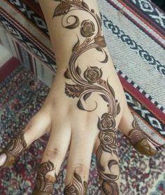 Rose Mehndi Designs, Khafif Mehndi Design, Latest Henna Designs, Finger Henna Designs, Arabic Henna Designs, Mehndi Design Pictures, Unique Mehndi Designs, Beautiful Henna Designs, Mehndi Designs For Hands