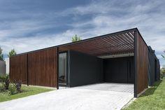 Galería de Casa 2LH / Luciano Kruk - 10