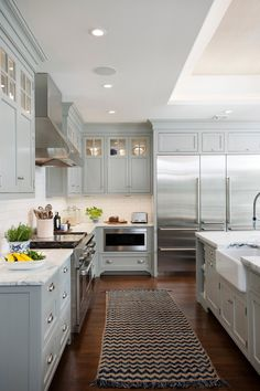 Sleek and contemporary #crownpointkitchen finished in Lamp Room Gray by @farrowball. Home Decor Kitchen, Kitchen Living, Kitchen Interior, Kitchen And Bath, Kitchen Design, Kitchen On A Budget, Kitchen Layout, Farrow And Ball Lamp Room Grey, Grey Kitchen Cabinets