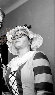 2. ANNA MARIA CANALI, Costumista MARIO VELLANI, Regista MARCHICARLO PICCINATO, Teatro La Scala, Milano 1956 Fonte: archiviolacala.it