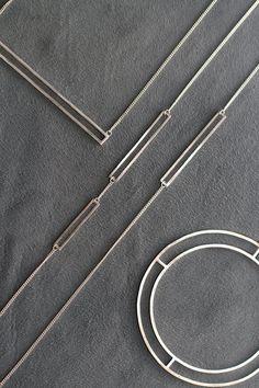 Hoefijzer massief Zilveren Bangle van Haniajewellery op Etsy