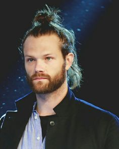 Have Jared On Your Feed!I hope I tortured you with this beautiful human being Have a nice day love Castiel, Sammy Supernatural, Jared Padalecki Supernatural, Jensen Ackles Jared Padalecki, Jensen And Misha, Mark Sheppard, Winchester Boys, Winchester Brothers, Misha Collins