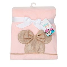This Disney Minnie Mouse Lux Applique Receiving Blanket has a cozy texture and a rose gold silhouette applique of Minnie Mouse's head on soft pink. Perfect for tummy time and as a stroller blanket, security blanket, car seat blanket, and more. Minnie Mouse Nursery, Minnie Mouse Pink, Baby Mouse, Bed Bath & Beyond, Baby Gift Sets, Baby Gifts, Welcome Home Baby, Baby Registry Items, Baby Dino