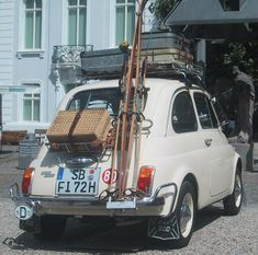 Classic and fully loaded Fiat 500 #fiat500. For more #FIATS search carsquare.com/