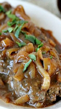 Hamburger Steak with Onions and Gravy Recipe ~ Says: This is an easy-to-make classic Southern favorite. Dress up ground beef with rich brown gravy and caramelized onions. (Easy Meal With Ground Beef Dinner Tonight) Meat Recipes, Dinner Recipes, Cooking Recipes, Online Recipes, Cookbook Recipes, Dinner Ideas, Grilled Recipes, Spinach Recipes, Salads