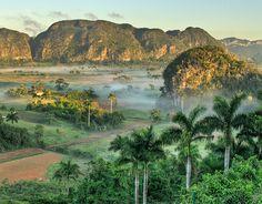 Viñales Valley, Cuba / Valle de Viñales, Cuba