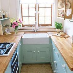 Sunshiny Tiny House Kitchen Ideas