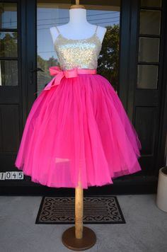 Magenta Pink Tulle Skirt Tutu - s - Graduation Dress Tutu Outfits, Girly Outfits, Dance Outfits, Baby Outfits, Pink Tulle Skirt, Tutu Skirts, Pink Tutu, Tulle Tutu, Cute Homecoming Dresses