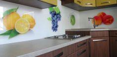 Grafické sklo obklad v kuchyni