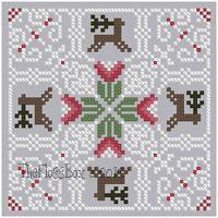 The Floss Box | Biscornu 665 Pdf pattern (Christmas / Winter biscornu)