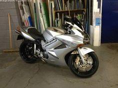 HONDA VFR 800 cc VFR800A-3 800 Abs - http://motorcyclesforsalex.com/honda-vfr-800-cc-vfr800a-3-800-abs/