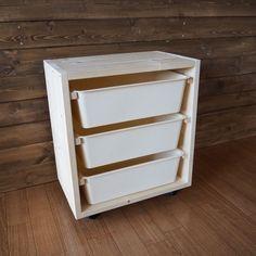 ダイソーの「スクエアボックス」でIKEAの「トロファスト」を簡単DIY ... ehami123