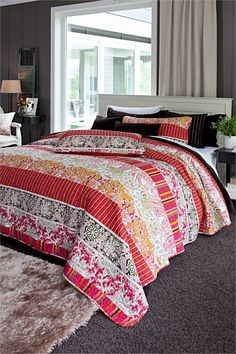 Buy Bedding Online at EziBuy   Bed linen includes sheet sets, duvet covers, blankets, quilts - Georgia Bed Cover