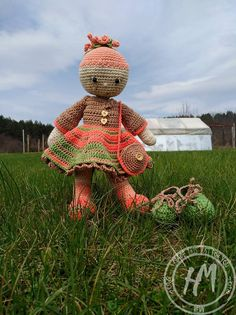 Unique amigurumi doll, best friend, best gift, with changeable clothes :) Baby Girl Dolls, Amigurumi Doll, Baby Knitting, Best Gifts, Crochet Hats, Trending Outfits, Unique Jewelry, Handmade Gifts, How To Make