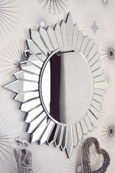 Large Modern Round Sunburst Design Venetian All Glass Wall Mirror Circular Mirror, Round Wall Mirror, Funky Mirrors, Decorative Mirrors, Silver Wall Decor, Mirror Crafts, Living Room Mirrors, Bathroom Mirrors, Wall Mirrors
