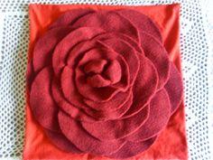 diy pillowcase with flower aplication