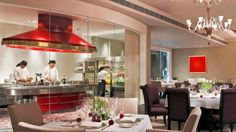 Eau De Monsoon - Le Meridian hotel offering  Cuisine for your Kitty Party in New Delhi..