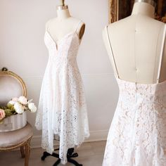 Josephina  #boutique1861 Online Fashion Boutique, Boutique Clothing, Nice Dresses, Formal Dresses, Wedding Dresses, Plunging Neckline Dress, Pretty Outfits, Pretty Clothes, Dress Robes