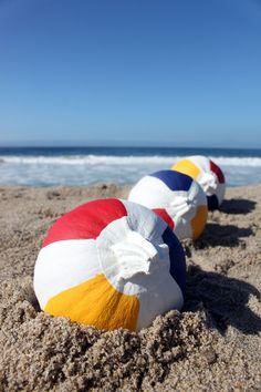 DIY Beach Ball Pumpkins #Seaside #Halloween